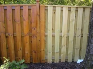 fence-staining-newnan